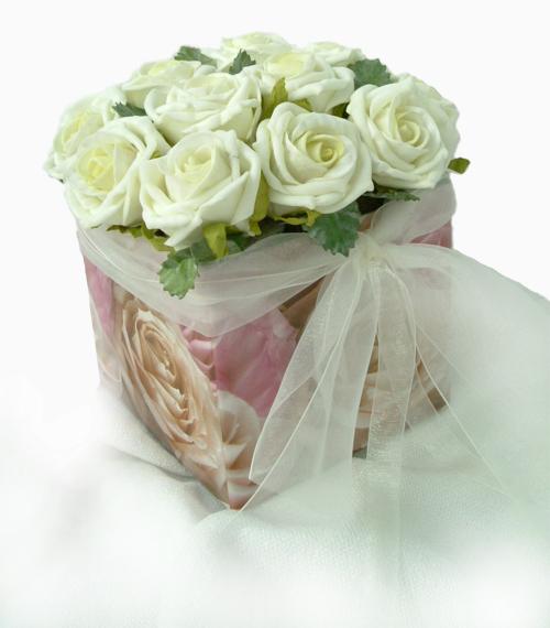 rosa rosen box romance rose geschenkebox 9 x 9cm s entdecken sie unsere vielfalt. Black Bedroom Furniture Sets. Home Design Ideas